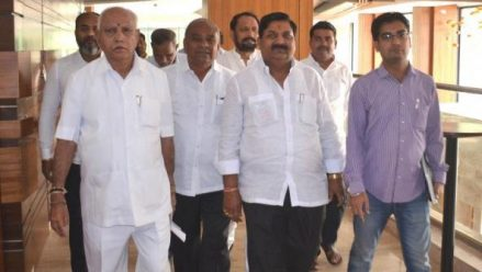 Yeddyurappa placates Katti brothers in Belagavi