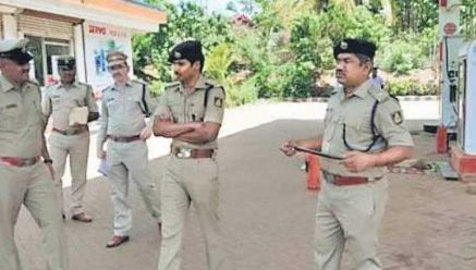 Miscreants kill 2 petrol pump employees and fled with 1 Lakh Cash